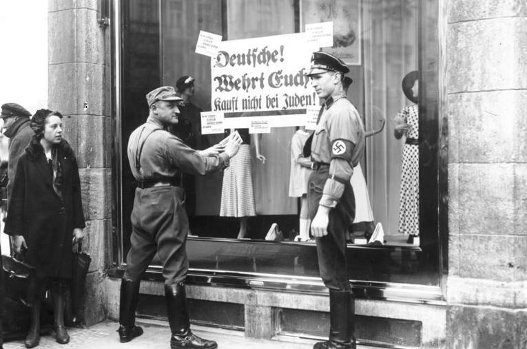 Judenverfolgung & Holocaust