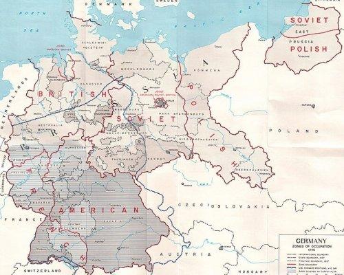 """Von 1945 bis 1949 war Deutschland aufgeteilt in vier Besatzungszonen. Die Übergangsregierung übernahm der """"Alliierte Kontrollrat"""""""
