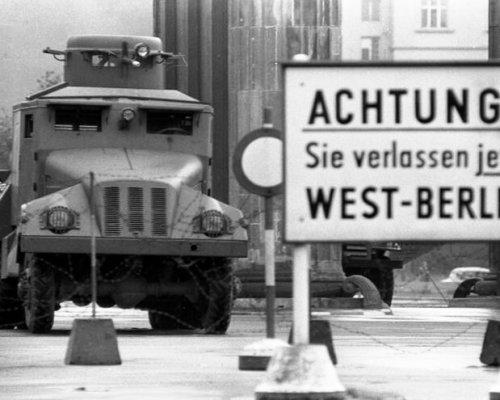 Grenze zwischen Westberlin und Ostberlin