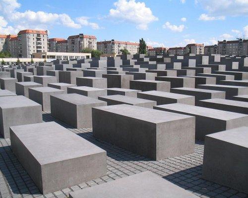 Vergangenheitspolitik BRD DDR