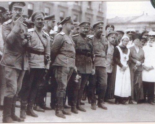 Bolschewiki und der Kriegskommunismus in Russland