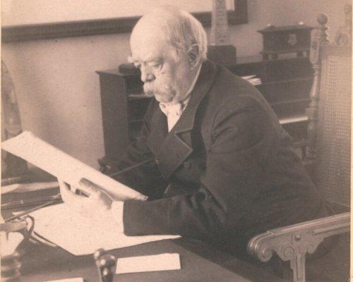 Otto von Bismarck (seit 1862 Ministerpräsident Preußens) löste den Heereskonflikt durch einen Verfassungsbruch