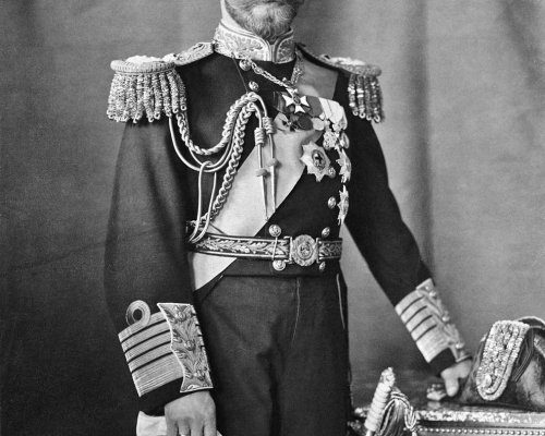 Infolge der Oktoberrevolution 1917 wurde der Zar Nikolaus II. gestürzt. Damit endete in Russland die Zeit des Absolutismus